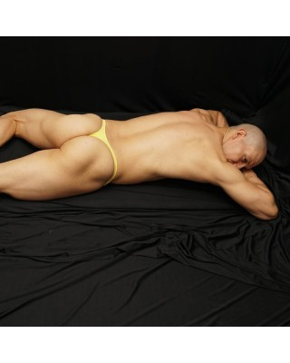 On line store in Chile for yellow bulge thongs for men back view