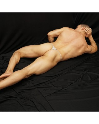 Partial male nudity exposure is enough to trigger an erotic sensation
