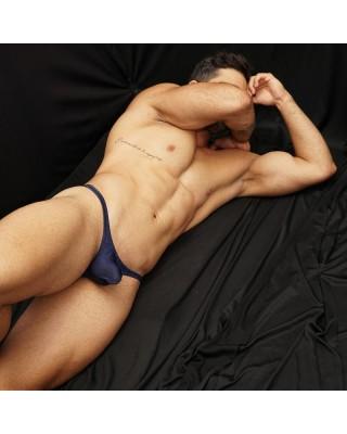 Tanga sexy  suave y elastica estampada en diseño bicolor
