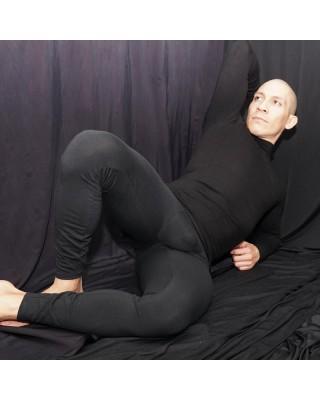 calza running algodon elastano hombre , vista de frente acostado.