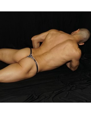 Men microfiber thong, made with elastane bands inside. Comfy enought to wear all day long. Back lie view
