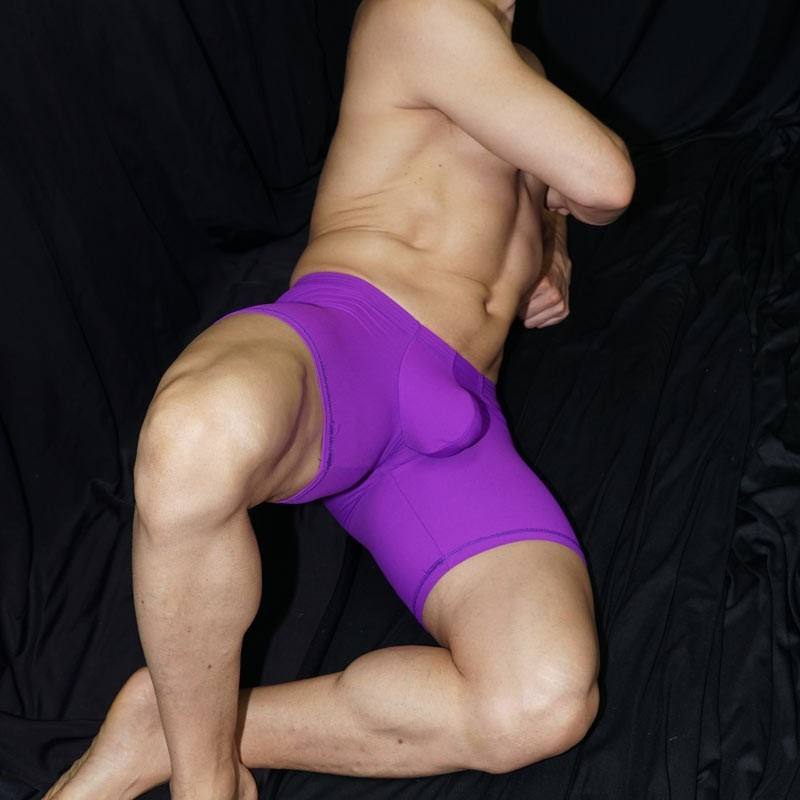Enhancer bulge and butt Short  i It is a very erotic product to observe in a man. Fornt view