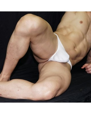 Suave tanga algodon con elastano para hombre, comodidad diaria. Vista acostado de frente