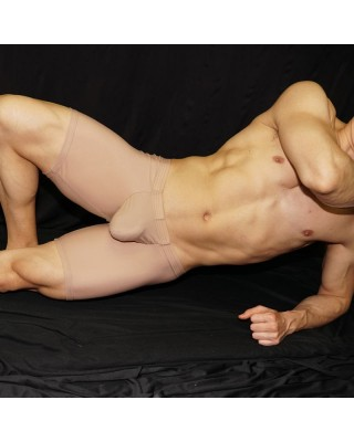 Enhancer bulge and butt Short, nude color.  i It is a very erotic product to observe in a man. Front view