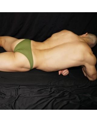 Verde olivo micro bikini para hombre