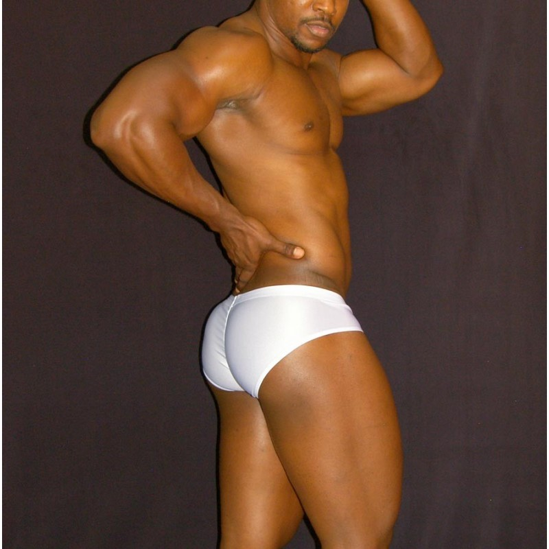enhancing the bulge and buttocks in men boxer